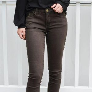 Blank NYC The Reade Crop Size 27